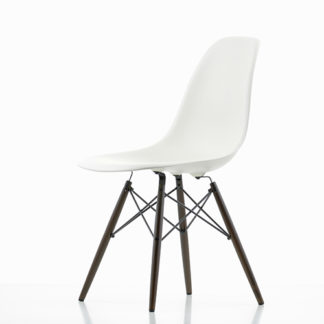Vitra Eames Plastic Chair DSW Eames Plastic Chair DSW stoel wit by designer:Charles & Ray Eames