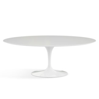 The Saarinen CollectionSaarinen tafel met blad wit laminaat en witte voet